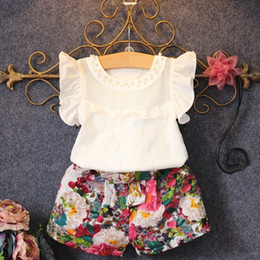 Wholesale Little Girl Cute Outfits - New Fashion Cute Baby Girls Clothes Set Summer Petal Sleeve T-Shirt Top and Floral Shorts 2PCS Little Girls Outfit Set