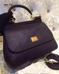 bolsa amarilla de la cámara Rebajas Italia famosa marca de lujo D o G o 25cm mini bolsos mujeres bolso de cuero genuino mujer calidad original vintage Messenger Bag missfat