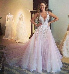 Wholesale Wedding Dress Empire Train Ruched - Designer Blush Wedding Dresses Arabic Dubai Tulle Wedding Gown White Lace Applique Bridal Dress Deep V Neck Tiered Skirts vestido de Novia