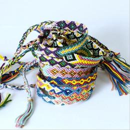 Moda Vintage Style Colori casuali 1.0 CM Larghezza Nepal Filato etnico in cotone lavorato a maglia unisex Bracciale amicizia Braccialetti estivi B012 da
