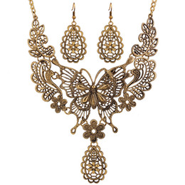 Wholesale White False Collar - Antique Silver&Gold Chokers Necklaces Hollow Out Butterfly False Collar Statement Necklaces & Pendants 2016 Vintage Jewelry For Women