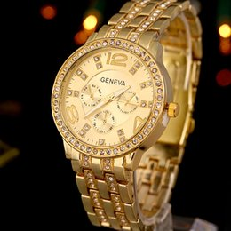 Wholesale Geneva Crystal Watches - Luxury Watch Man Fashion Casual Stainless Steel Geneva Watch Gold Silver High End Business Mens Crystal Watch for Wens with Calendar