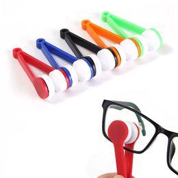 Wholesale Multifunction Cleaner - 50PCS Eye Glass Cleaner Microfiber Plastic Brush Sunglasses Lens Cleaning Wipes Tools Multifunction Portable Brush Random Color Wholesale