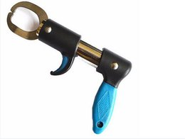 Wholesale Fishing Trigger - High Quality Portable Stainless Steel Fish Lip Grip Strong Professional Fishing Gripper Trigger For Fisherman K