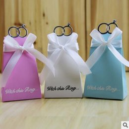 Wholesale Blue Diamond Wedding Ring Cheap - Wedding Candies Boxes Diamond Rings White bowknot Blue Pink White Cheap New Creative Candies Paper Boxes Wedding Accessories Candies Boxes