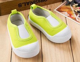 Wholesale Candies Girls Shoes - 2017 new children canvas shoes boys and girls shoes candy color baby shoes