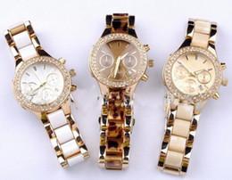 Rhinestone reloj bandas online-Las mujeres ven la marca de lujo del cuarzo del deporte de las señoras ven el reloj ocasional del diamante artificial de la correa de la correa de la mujer del acero el envío libre