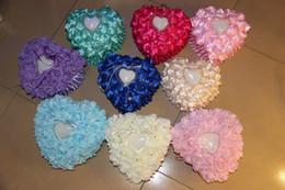 2019 almofadas em forma de coração de casamento 2 estilos de strass pérolas rosa flores anel travesseiro Heart-shaped estilo europeu-coreano caixa do anel de casamento best selling desconto almofadas em forma de coração de casamento