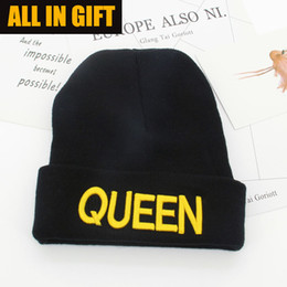 Wholesale Knit Cloche Hats Wholesale - 2017 latest KING embroidery knit hat QUEEN couple winter ladies wool hat 4 kinds of styles can choose