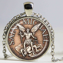 Wholesale Crystal Michael - Saint Michael Patron of Police officers Shield Glass Dome Pendant Necklace DIY Fashion Academy Jewelry Charm Trendy Gift