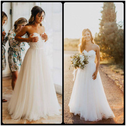 Wholesale Cheap Red Ribbon - 2018 New Cheap Country Summer Beach Wedding Dresses Sweetheart Lace Appliques Tulle A Line Sweep Train Bohemian Plus Size Boho Bridal Gowns