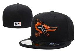 Верхние шляпы для онлайн-Мужские Иволги черный цвет на поле установлены шляпа плоские поля embroiered команда логотип вентиляторы высокое качество бейсболки Иволги полный закрытые шапки