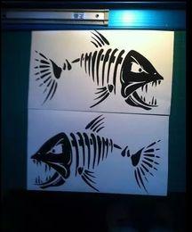 Lastwagen heckscheibenabziehbilder online-(2) Skeleton Fisch große Vinyl Aufkleber für Boot Angeln Grafiken Auto LKW Wand Aufkleber Fenster Aufkleber