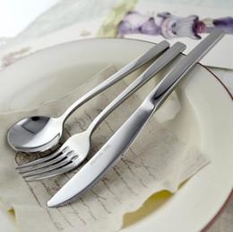 Set de cucharas pequeñas online-3 Unids / set Cubiertos de Acero Inoxidable Tamaño Pequeño Western Food Sets de vajilla Cuchillo de carne Cuchara Tenedor Cena