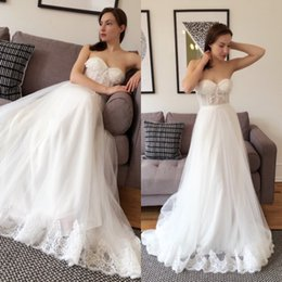 Wholesale Bone Bodice Wedding Dress - 2016 New Soft Tulle Wedding Dress Country Style Illusion Bodice Boned Lace Appliques Sweetheart Neckline Sleeveless Princess Bridal Gowns