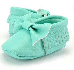 Wholesale Gril Baby - Boutique Baby Infant Toddler Soft Sole Leather Shoes kids Gril Boy Tassels Bow First Walker Shoes 0-2T new born baby gift 14colors