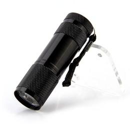 мобильный телефон факел Скидка F-02 горячие продажа 9 LED УФ фонари мини алюминиевый портативный УФ фонарик фиолетовый свет Факел свет лампы фонарик алюминиевый для 3xAAA