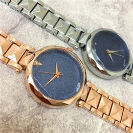 Wholesale Bronze Star Gifts - Luxury Fashion Women watch Star Shinning Dial lady Wristwatch luminous Rose Wholesale Price Popular Steel Bracelet Chain Gifts Accessories