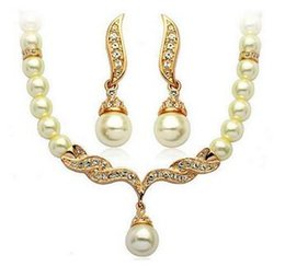 Wholesale Crystal Tear Drop Necklace - Gold Plated Tear Drop Cream Pearl and Diamond Crystal Set Bridal Necklace and earrings Jewelry Set