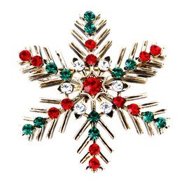 Wholesale Green Crystal Jewellery - The New Creative Snowflake Brooch Christmas Gift Crystal Rhinestone Jewellery Fashion Costume Pin Brooch Fashion Accessories