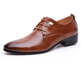 Chaussures élégantes marron en Ligne-2017 Hommes Chaussures Habillées Grande Taille 38-46 Affaires Hommes Basique Chaussures Décontractées, Noir / Marron En Cuir Tissu Design Élégant Beau Chaussures