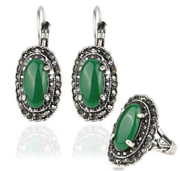 Wholesale Emerald Carved - Gifts Hot Sale Emerald Water Drop Jewelry Set Mosaic Carved Egg Shape Resin Green Stone Vintage Statement Ring Earrings Set
