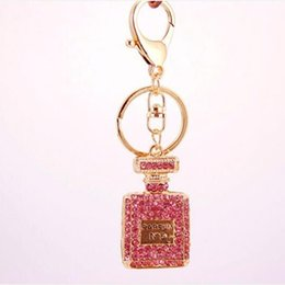 Wholesale Items Sold For Wholesale - Hot selling Novelty Items Full Rhinestone Perfume Bottle keychains For Women car key chains factory wholesale