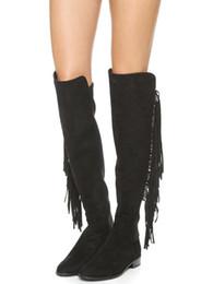 Argentina Las nuevas ventas atractivas de las mujeres de invierno de la rodilla Botas de flecos altas Negro Red Lady Las zapatillas de tacón de moda de la borla de la borla sobre los botines Mujer cheap knee high fringe boots tassels Suministro