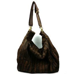 Wholesale Female First - Vogue of new fund of 2016 autumn winters is restoring ancient ways is the first layer of cowhide one shoulder leather female bag