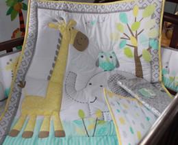 juegos de cama de elefante de algodón Rebajas 7 Unids Juego de cama para bebé 100% algodón Juego de cama de cuna Bordado búho elefante jirafa Juego de cama de cuna Parachoques Falda Funda de colchón