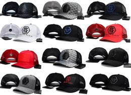 Wholesale Hip Hop Flat Caps - High quality New Style bone Luxury design Curved visor Casquette brand baseball Cap women gorras dad hats for men hip hop Snapback Caps