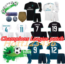 Wholesale Top Soccer Jersey Madrid - Top quality 2017 2018 Champions League Real Madrid Soccer Jersey kit 17 18 Ronaldo ASENSIO MODRIC Home Away 3rd Football jerseys uniforms