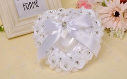 Wholesale Wedding Ring Pillow Wholesale - 2017 New European-style creative wedding gear box heart - shaped hand - shaped wedding ring box