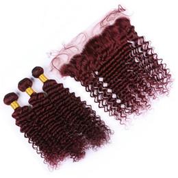 Cheveux vierges de vin rouge en Ligne-Vin rouge malaisienne vague profonde cheveux vierges tissage avec dentelle frontale oreille à oreille fermeture avec paquets 99J Bourgogne cheveux bouclés extensions