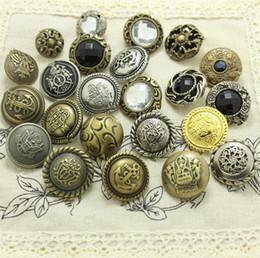 2019 guarnição da corrente do rhinestone da flor 2.15 cm botão de coroa de bronze para restaurar antigas formas terno fivelas de moda botão DIY retro estilo Britânico acessórios 100 Pçs / lote 4034