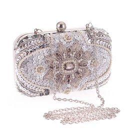 Wholesale Satin Pearl Bags - hot sale 16cm women purses diamond rhinestone chain pearl beaded lady party glittering crystal clutch evening bags