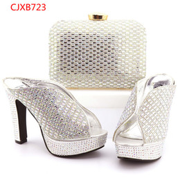 Wholesale Popular Showers - Most Popular Gold African Ladies Shoes And Bag For Wedding Hot Sale Wedding Bride Shoes And Bag Set Free Shipping