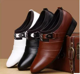 Wholesale Italian Business Shoes For Men - Man dress shoes fashion Italian luxury casual mens shoes genuine leather black brown buckle design flats for men business size:38-44