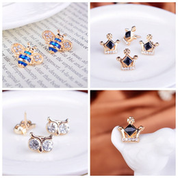 Wholesale Horse Brooches - Rhinestone collar pin buckle collar men and women spend barbed horse collar pin small collar pin bee Crown owl