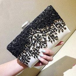 Wholesale Crystal Beaded Bag - Black and White Stunning Evening Bags Crystals Handmade Beaded Evening Party Wedding Bridal Clutch Shoulder Bags High Quality