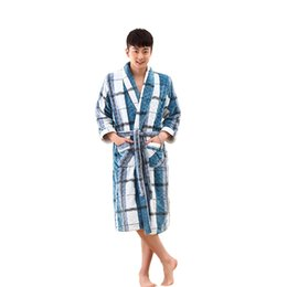 Wholesale Flannel Dressing Gown - Wholesale-High quality thicken Coral flannel Bath Robe Winter Autumn Casual Dressing Gown Long Bathrobe Men Sleepwear Robes