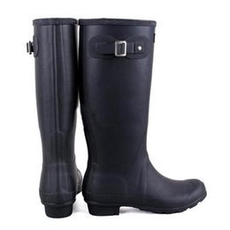 Wholesale Hunter Raining - 2017 Hunter Tall Boots Women Wellies Rainboots Ms. Glossy Wellington Rain Knee Waterproof Water Proofing Matte Shoes Wellington high boots