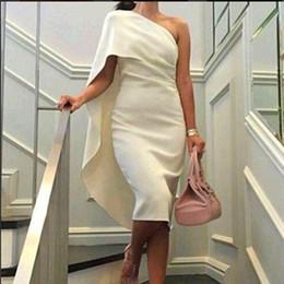 2019 elie saab weißes cocktailkleid 2016 mode Cocktailkleid Abend Party Kleider Mantel Spalte Ausgestattet Eine Schulter Unter Knielangen Club Kleider mit Cape Design Sommer