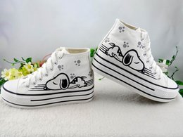 Wholesale hand painted canvas shoes - Hand-painted Canvas Cartoon Shoes Women Snoopy Graffiti Handpainted Shoes White High Top Sneakers Hi Shoes Cheap Sale