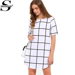 Wholesale Shift Gown - 2016 Women White and Black Twin Pocket Check Shift Dress New Style 2016 Round Neck Short Sleeve Mini Dress