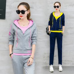 Wholesale Korean Casual Outfits - A Three-Piece Autumn Casual Outfit New Women'S Fashion Leisure Suit Korean Hoodies Top Vest Pants Street Wear Student Quality