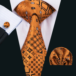 Wholesale Novelty Wedding Gifts - Fashion Men Tie Classci Silk Mens Neck Ties Gold Tie Sets Tie Hanky Cufflinks Sets Jacquard Woven Meeting Business Wedding Party Gift N-1517