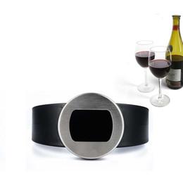 Termometri del vino online-Wine Thermometer Watch a forma di display LCD digitale automatico di moda Fashion Red Wines Succo d'acqua Milk Bottle Thermometers 8rd F R
