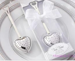 "Favores de la boda infusor de té online-Caja de regalo ""Tea Time"" Heart Tea Infuser en forma de corazón infusor de té de acero inoxidable Spoon Filter favores de boda regalo"