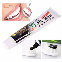 Dentifricio di bambù di carbone online-Il più recente anti-alitosi del dentifricio al carbone va macchie di fumo per macchiare i denti Sbiancamento Dentifricio al carbone di bambù nero Igiene orale Cura dei denti